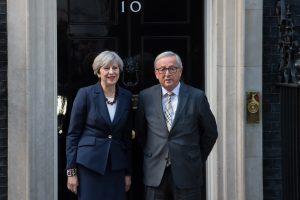 Jean-Claude Juncker, Theresa May