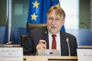 FTAs: European Parliament trade committee chief tables sanctionable labour provisions