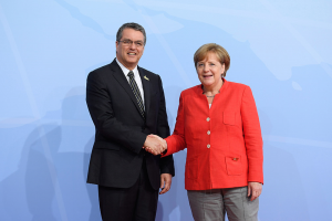 WTO DG Roberto Azevêdo and German Chancellor Angela Merkel at G20 in Hamburg. Credit: WTO.