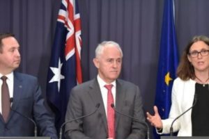 Cecilia Malmstrom, Member of the EC in charge of Trade, with Malcolm Turnbull, Australian Prime Minister, and Steven Ciobo, Australian Minister for Trade, Tourism and Investment.