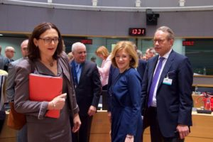 EU-US : To European leaders voluntary auto export restrictions are taboo